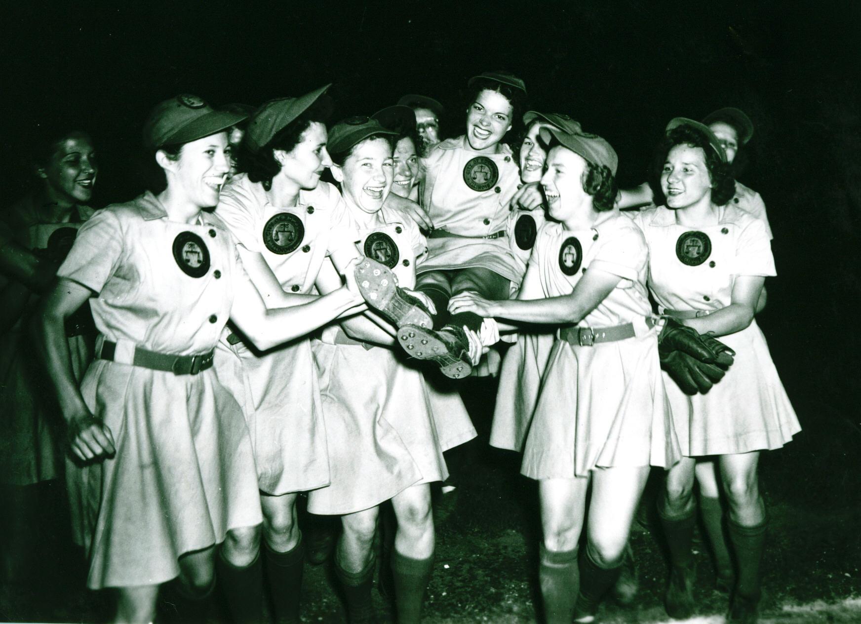 all american girls baseball league - HD1744×1264