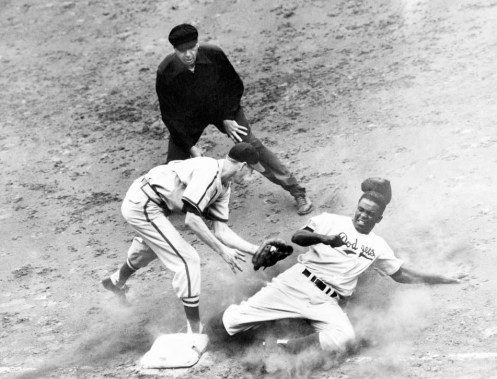 jackie robinson in 1950 stealing 3rd