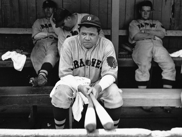 babe-ruth-on-his-final-day-in-the-majors-with-boston-braves.jpg (580×436)